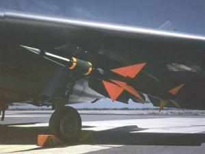 AIM-7_Sparrow_02