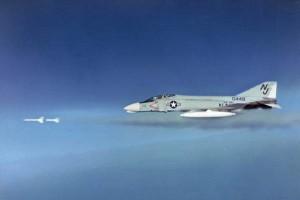 AIM-7_Sparrow_08
