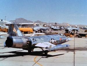 Lockheed_F-104C-10-LO_Starfighter_57-0914_497tfw_george_1966