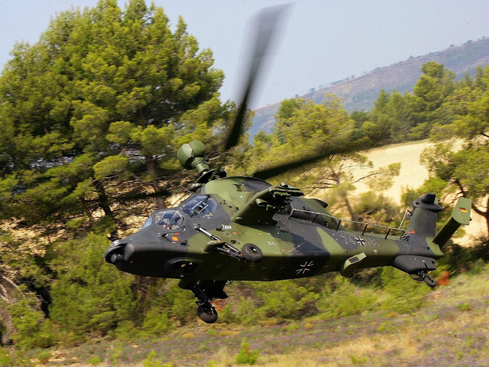 L Elicottero Posizione : Caccia contro elicottero il progetto j catch